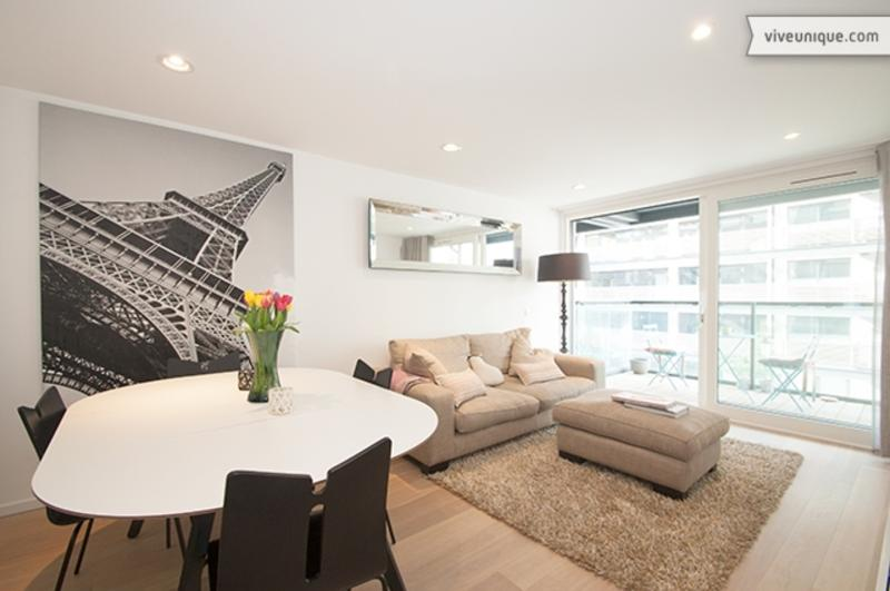 Regents Canal 2 bed 2 bath on the water, Shoreditch - Image 1 - London - rentals