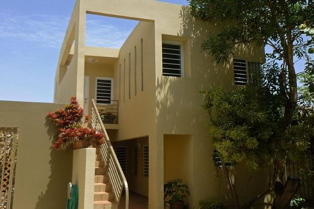 Modern Elegant Economical Hideaway - Image 1 - Miramar - rentals