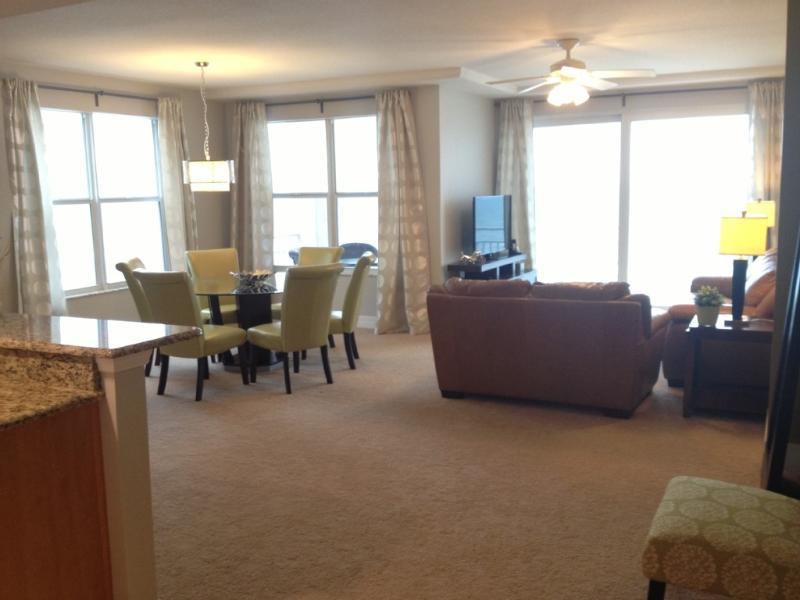 Oceanfront New Luxury 3/3 labor Day Special - Image 1 - Daytona Beach - rentals