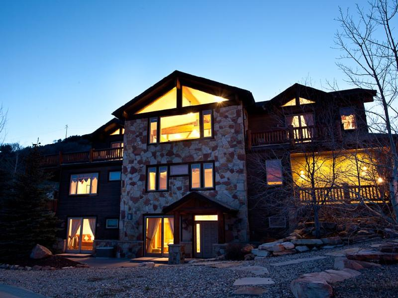 Luxurious Bear Hollow 7-Bedroom Home in Park City - Image 1 - Park City - rentals