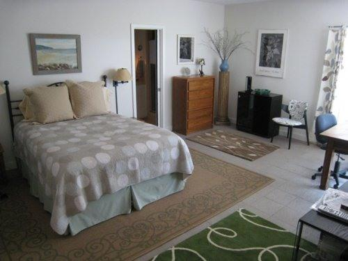 BEDROOM - WALK TO BEACH--AAA  Location--Affordable Luxury - Santa Monica - rentals