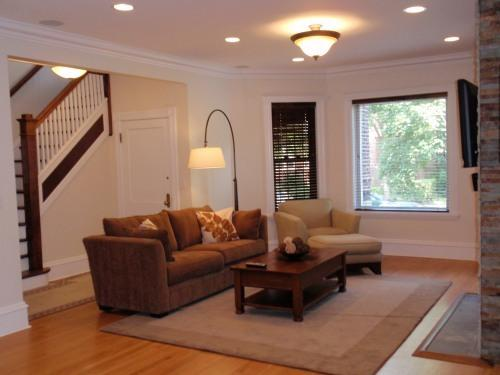1st Floor Living Room - Beautiful Classic Brownstone Home- Northside - Chicago - rentals