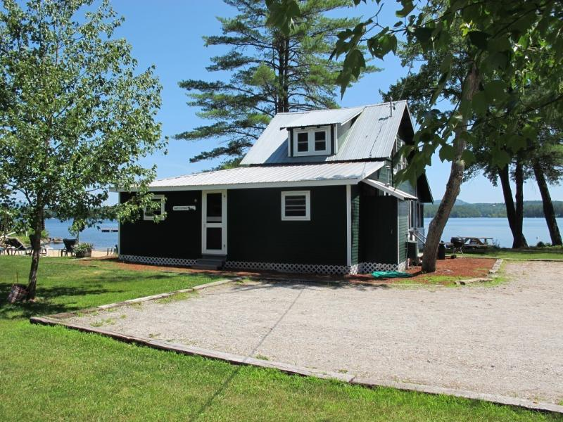 Kezar Lake Cottage with Private Beach - Image 1 - Lovell - rentals
