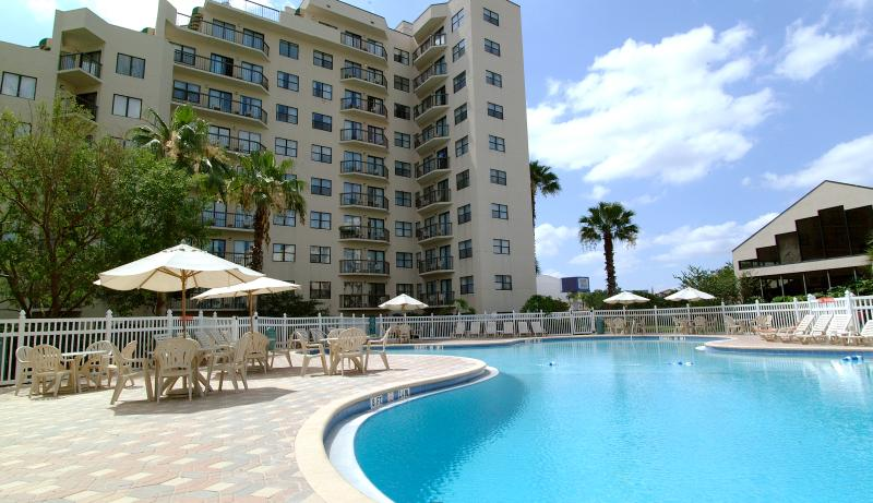One of three pools - Condo where the houskeepers do your dishes daily - Orlando - rentals