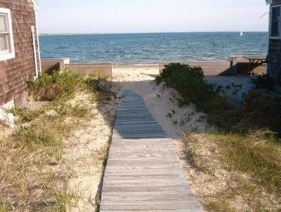 30 steps to our private beach - Private Sandy Beach. Big Beach House. 5 Kayaks. - Wellfleet - rentals