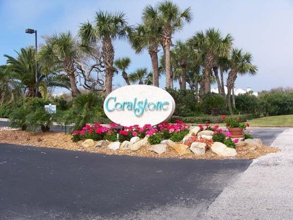Nicely landscaped property - Luxury one bedroom, walk to Beach, drive to Disney - Vero Beach - rentals