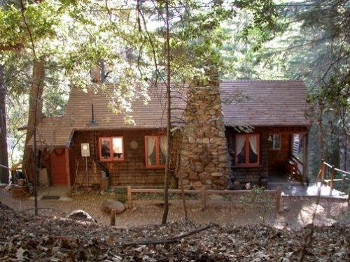 Cabin in High-Sierra-type environment  (2nd story) - Affordable Summer! 1920s Mountain Cabin in Pines! - Pauma Valley - rentals
