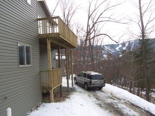 Outside view - 10% OFF! Hot Tubbin' and Foosball by the Slopes! - McGaheysville - rentals