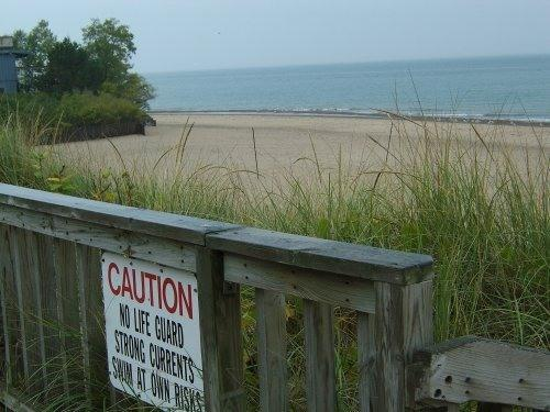 Lincoln Township Beach access 1/3 mi. away; Grand Mere-1 mi. Silver Beach 6 mi - 3BR & 1BR cottages Stevensville, 3 blks from Lake - Stevensville - rentals