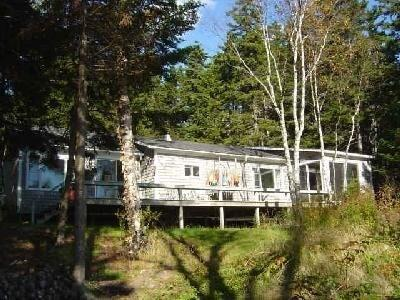 Front of House - Great cottage in beautiful, private location! - Bernard - rentals