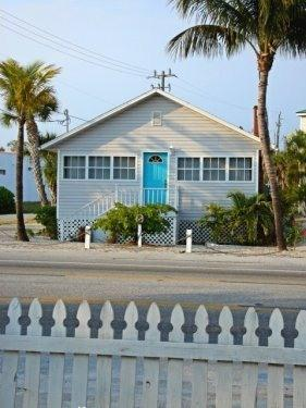 """Front of Cottage - Cute """"Key West Style"""" Cottage Steps to the Beach! - Fort Myers Beach - rentals"""