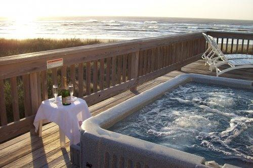 Hot Tub with View of Gulf Of Mexico - BEACH FRONT on Galveston's West Beach - Galveston - rentals