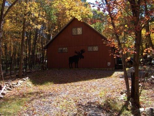 moose greeting - Chalet up in Poconos Mountians - Albrightsville - rentals