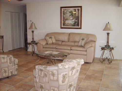 Living room sitting area - Siesta Key, Crescent Beach, Gulf Coast Vacation - Sarasota - rentals