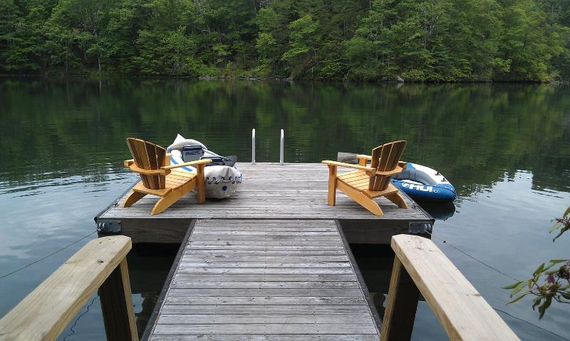Dock on the Lake - ready for relaxing, swimming & kayaking - Mountain Lake Front House on Cedar Cliff Lake - Tuckasegee - rentals
