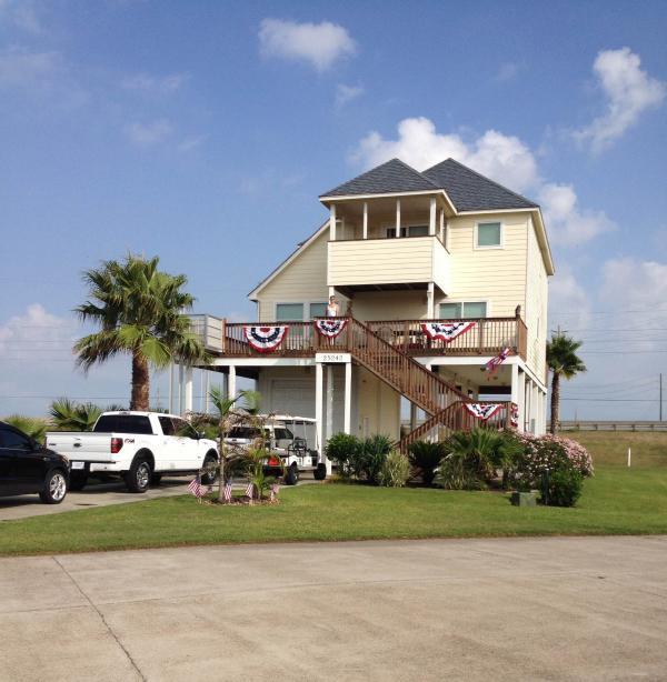 House Exterior 7/4/2014-Full View of Gulf & Bay - Beachside Home, Galveston, TX - Galveston - rentals