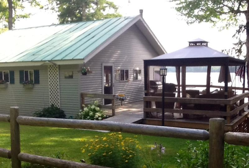 Welcome to home away from home! - Paradise on the Lake! - North Anson - rentals