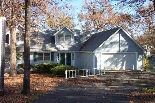 Front of Home - Beautiful Osage Beach 5 Bedroom Home on the 21 MM - Osage Beach - rentals