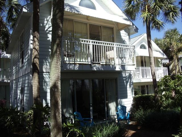 Nantucket Cottage - 3 min stroll to beach access - Nantucket Cottage - 3 min stroll to beach. - Destin - rentals