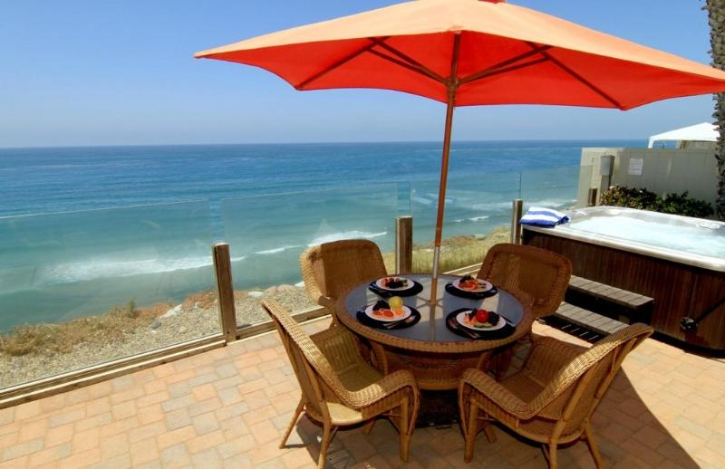 Oceanfront Single Family Home, Spa, F/P  E693-0 - Image 1 - Encinitas - rentals