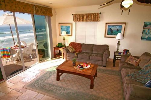 Spacious Oceanfront Luxury Condo - P3201-0 - Image 1 - Oceanside - rentals