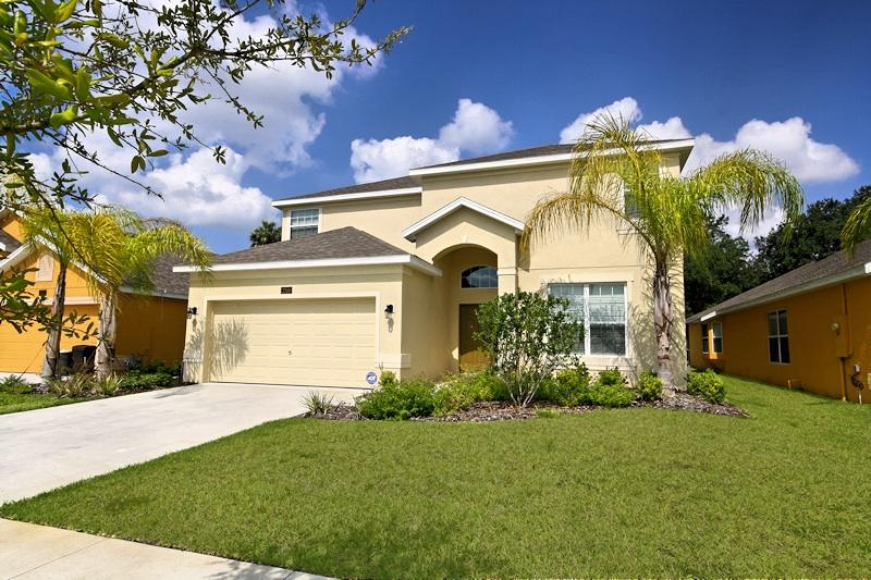 5 minutes to Disney! - 4 Bedroom Home with Pool, Jacuzzi, Games, 5 miles to Disney - Kissimmee - rentals