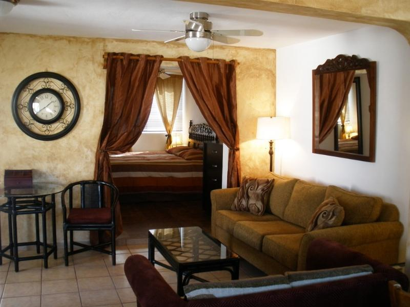 Main room & bedroom - Mazatlan's only gated tennis club, beach & shops - Mazatlan - rentals