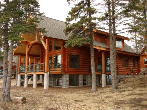 "Log home with 12"" white pine logs! - Brand New Luxury Lake Superior Log Home! - Schroeder - rentals"