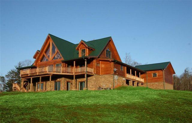 House View - Luxury Mountain Wine Country Log Home - Dahlonega - rentals
