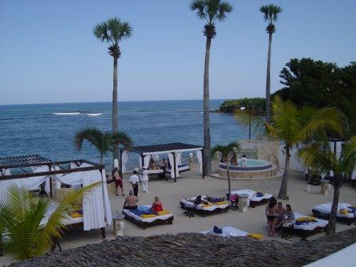 Villa w/ Pool, Chairman's Circle , VIP, Gold Bands - Image 1 - Costambar - rentals