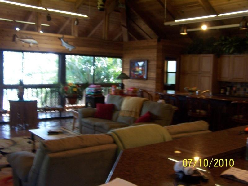 EXTREME POLYNESIAN BEACH HOUSE with BOAT/ KAYAKS - Image 1 - Longboat Key - rentals