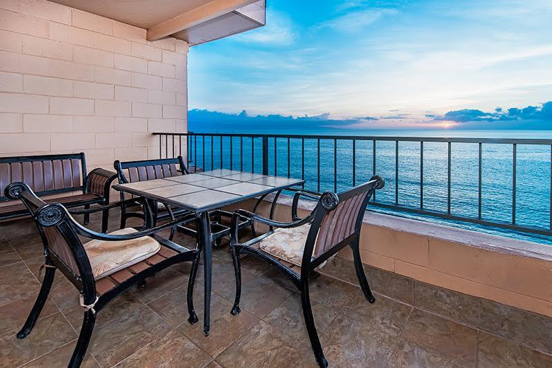 Penthouse Corner- Absolutely Oceanfront-Upgraded - Image 1 - Lahaina - rentals