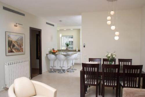 A fancy vacation unit, German Colony, Jerusalem - Image 1 - Jerusalem - rentals