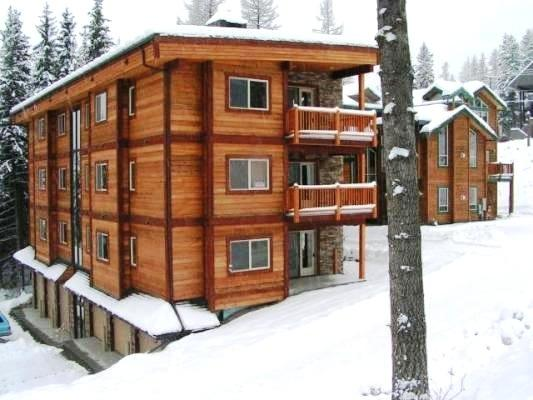 Located across street from Lifts & Village! Ground level w/Patio & Slope Views! - Luxury Ski-in Condo!  Hottub, Patio.. 155 Fall 2g! - Whitefish - rentals
