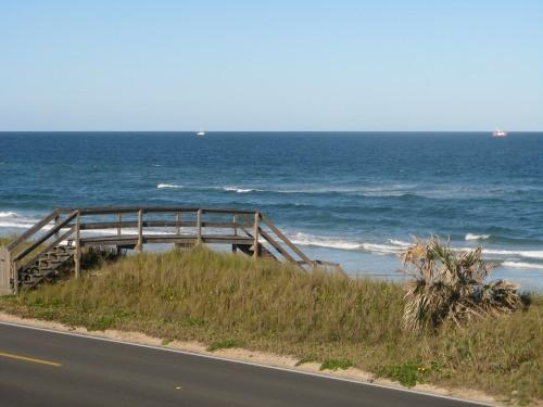 Ocean View from Balcony - Oceanfront townhouse w/ pool and garage! WOW! - Flagler Beach - rentals