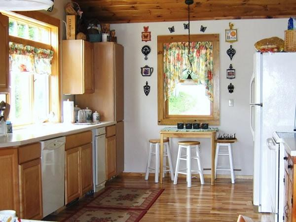 Kitchen - Vermont 4 Season Mountain Lake House - Mount Holly - rentals