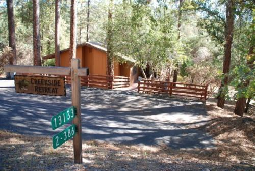 Front of house - Cozy and comfortable Cabin/Home near Yosemite - Groveland - rentals