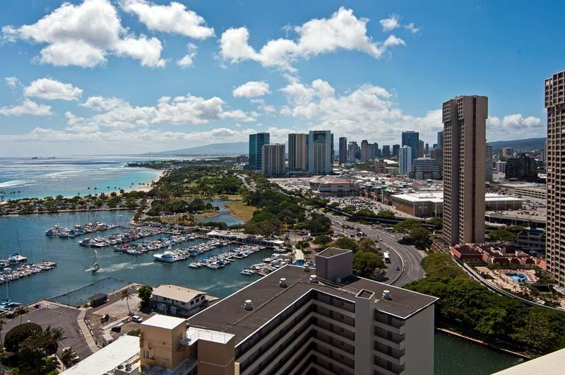 View From Condo - Panoramic Ocean Views-Upgraded-$145 per nt - Honolulu - rentals