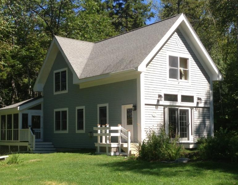 Mount Kineo Cottage - Moosehead Lakefront (Mount Kineo) Cottage Rental - Rockwood - rentals