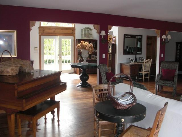 Westhampton Waterfront 6 Bedroom Secluded 3 Acre E - Image 1 - Westhampton - rentals