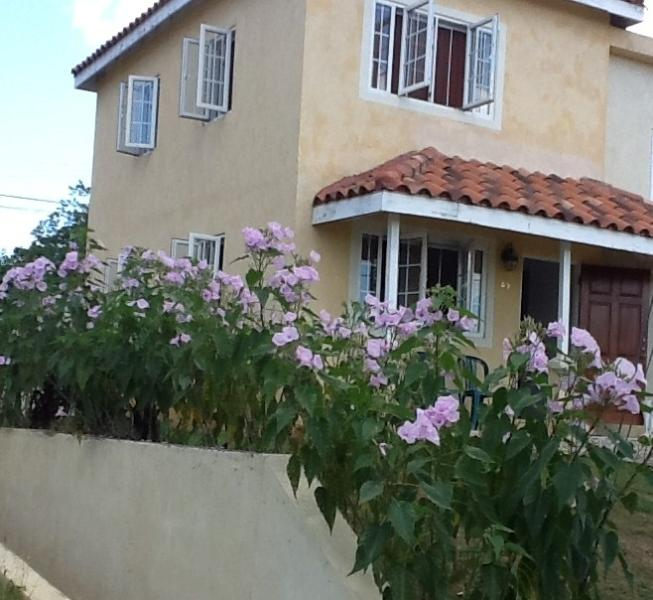Mango Walk Country Club  Townhouse Rental - Image 1 - Montego Bay - rentals