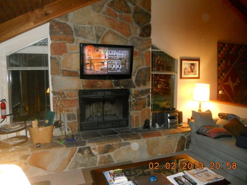 DEER VALLEY - Great Home & Free Shuttle to Slopes - Image 1 - Park City - rentals