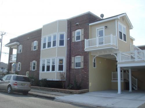 Off Street Parking with Deck/Patio - STEPS TO BEACH! Private Balconies with Ocean View - Ventnor City - rentals
