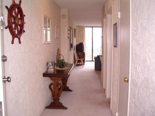 Hallway - One bedroom oceanfront condo - Bethany Beach - rentals