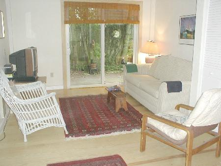 livingroom - 2 Bedroom Waterfront Condo-Credit Card Accepted - Provincetown - rentals