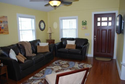 Living Room - Luxury Beach Bungalow- Perfect Location - Carolina Beach - rentals