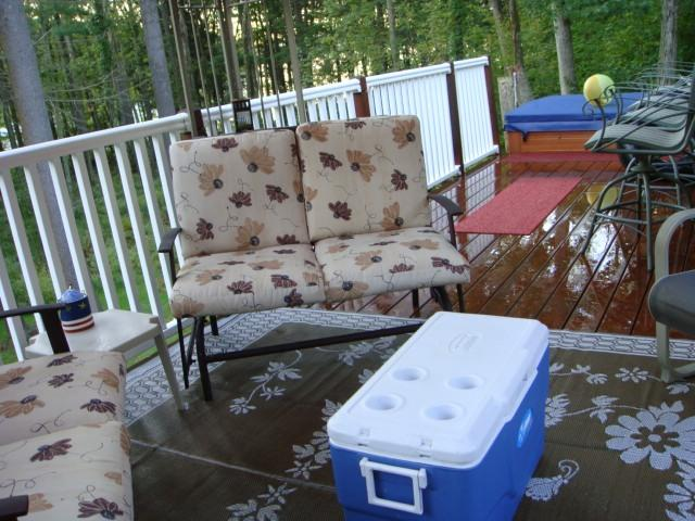 Deck With Hot Tub - LAKE WALLENPAUPACK LAKEFRONT/HOT TUB& LARGE DECK - Lake Wallenpaupack - rentals