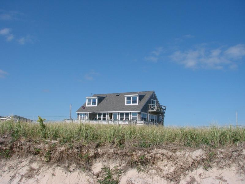 """SEASIDE COTTAGE! - LOCATION! """"SEASIDE"""" 2- 12 guests / PRIVATE  BEACH - Charlestown - rentals"""