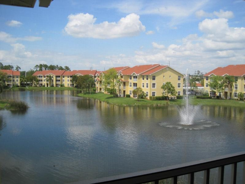 Lanai view - Beautiful Naples condo near gulf coast - Naples - rentals