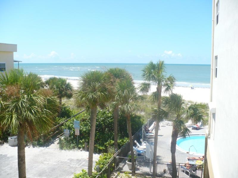 View from Balcony facing Ocean - Oceanview-Madeira Beach (Aug. Deals-$895/wk before Aug 11th and $695/wk after) - Madeira Beach - rentals